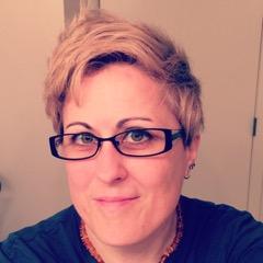 Headshot photo of Heather Bloomer