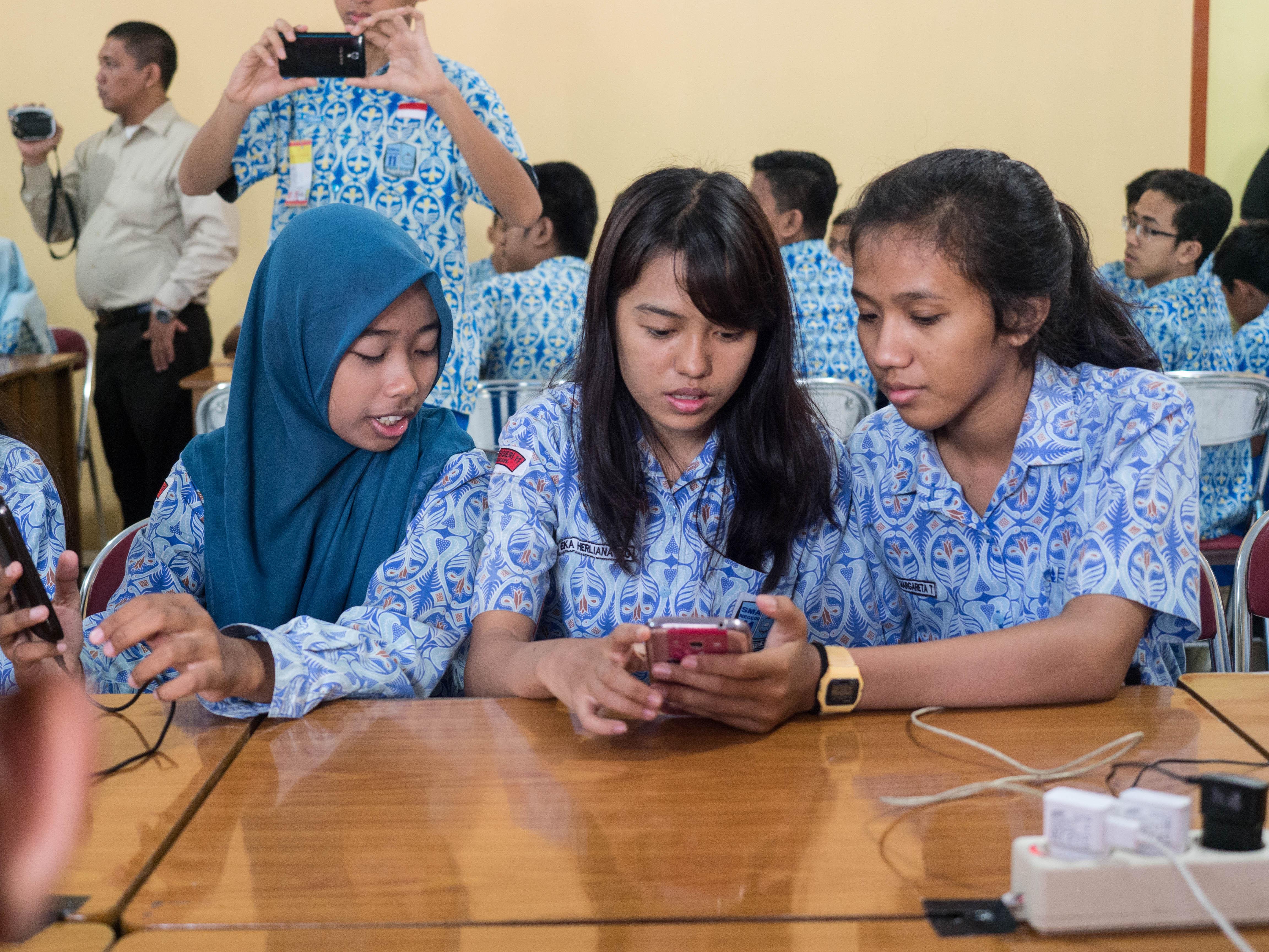 Mozilla Foundation Webmaker Program, Indonesia (credit: Laura de Reynal)